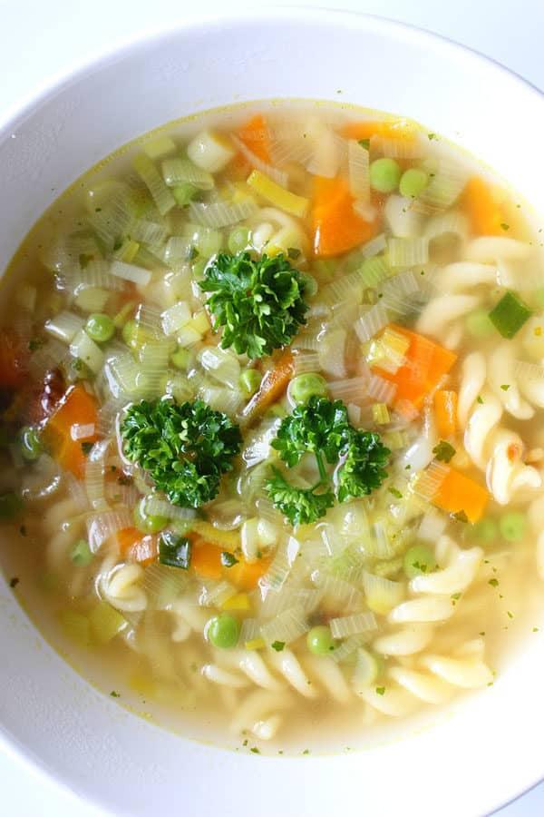 """Shelly Goldstein's """"Jewish Penicillin"""" Chicken Garlic Soup"""